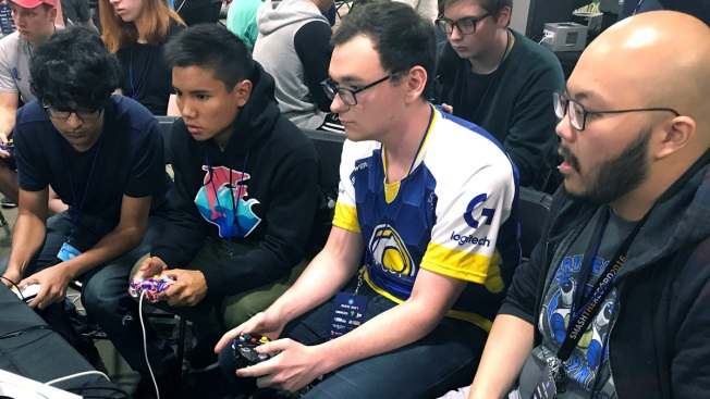 Video Game Players Get Varsity Treatment at More US Colleges