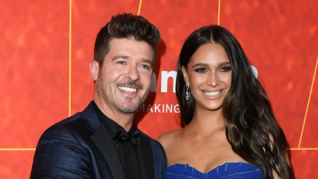 Robin Thicke Surprises Pregnant Girlfriend With Marriage Proposal
