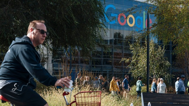 Google Employees Call for Pledge Not to Work With ICE