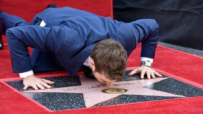 [NATL] Top Entertainment Photos: Michael Bublé's Walk of Fame Star, Latin Grammys and More