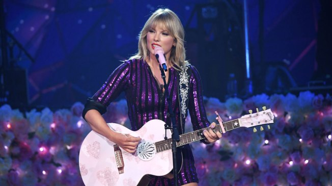 Taylor Swift Shakes Off Drama With NYC 'Prime Day' Concert Performance