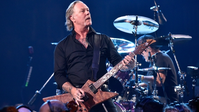 Metallica's James Hetfield Enters Rehab; Tour Dates Canceled