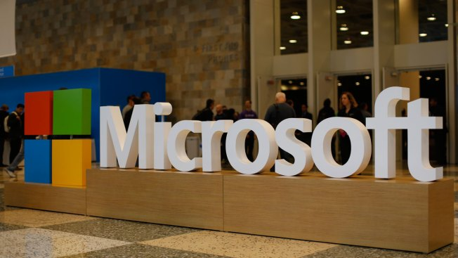 Microsoft Seeks to Block U.S. From Accessing Email Overseas