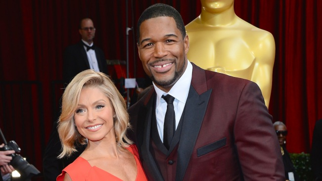 Kelly Ripa Returns to 'Live'; Strahan's Exit Moved Up to May