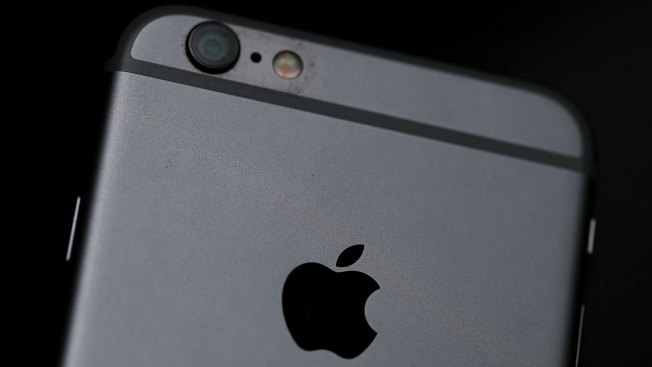 Apple Announces Camera Replacement Program for Batch of iPhone 6 Plus Smartphones