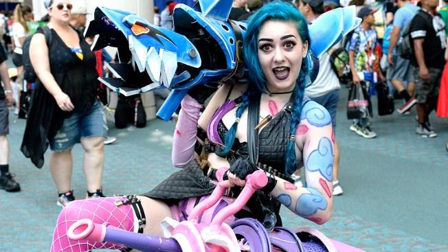 Boston Comic Con 2016 Kicks Off Friday