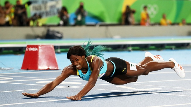 Rio Olympics: Shaunae Miller's 'Dive' That Denied Allyson Felix Gold Divides Twitter