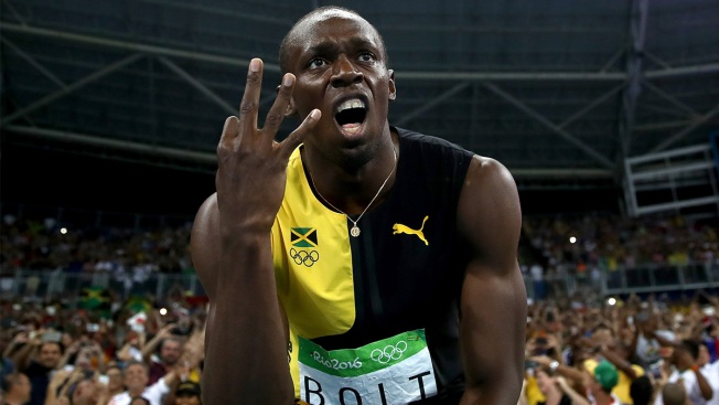 Usain Bolt Celebrates Gold With Chicken McNuggets
