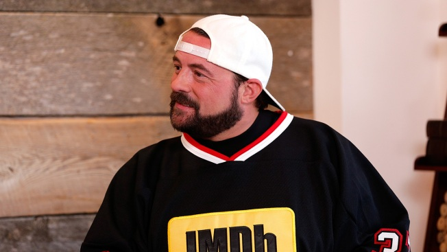 Director Kevin Smith Tweets He Suffered 'Massive' Heart Attack