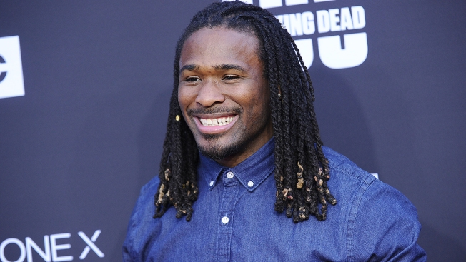 Football Star DeAngelo Williams Pays for 500 Mammograms to Honor Mom Who Died of Breast Cancer