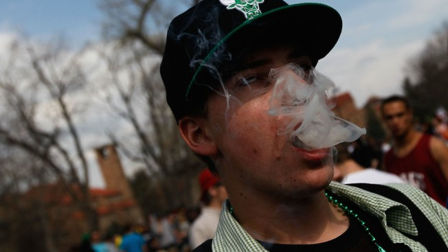 Marijuana Supersedes Cigarette Smoking Among College Students, Study Finds