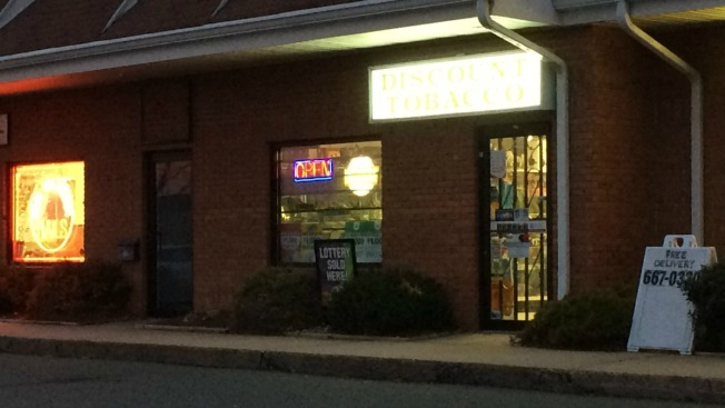 Police: 2 Suspects Robbed Tobacco Shop