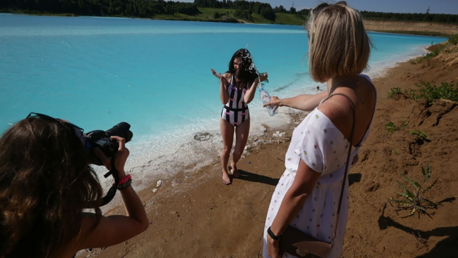 Toxic Lake in Russia's Siberia Becomes Selfie Sensation