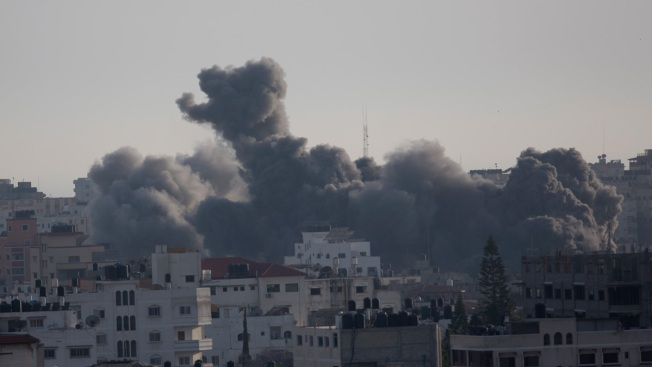 Gaza Quiet After Israel, Hamas Agree to Cease-Fire
