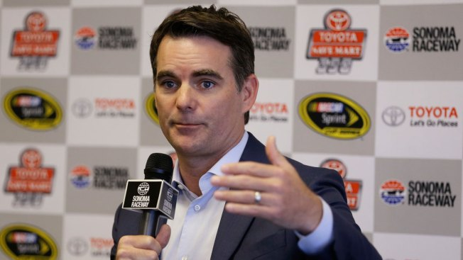 Jeff Gordon Interested in Joining 'Live' With Kelly Ripa