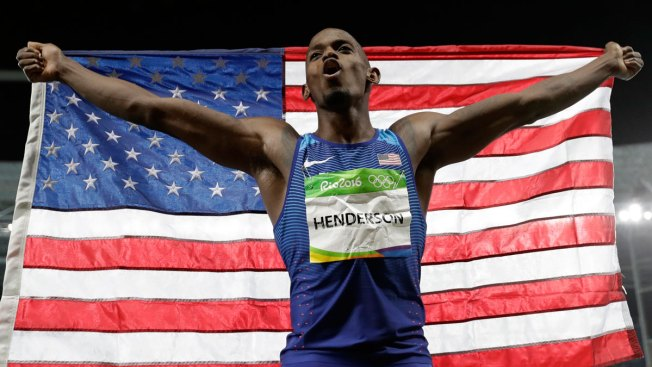 Henderson Shares Gold Medal With Ailing Mother