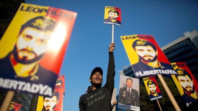 Jailed Venezuela Opposition Leader Lopez Given House Arrest