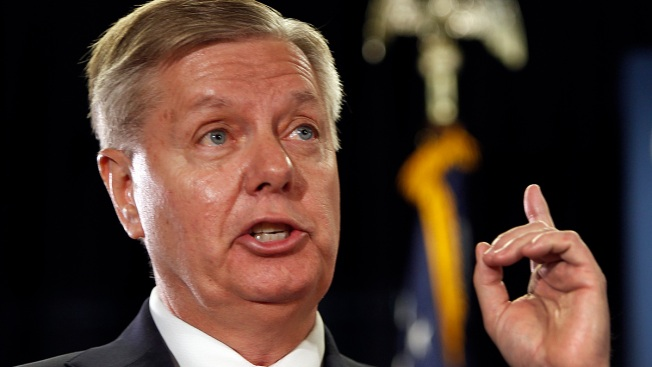 Graham, McCain Hit Campaign Trail in New Hampshire
