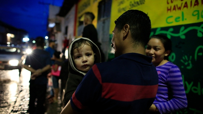 US Restores Some Aid But Vows No More Without Migrant Action