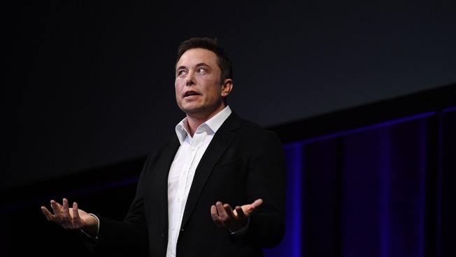 In Wake of Settlement, Elon Musk Taunts SEC as 'Shortseller Enrichment Commission'