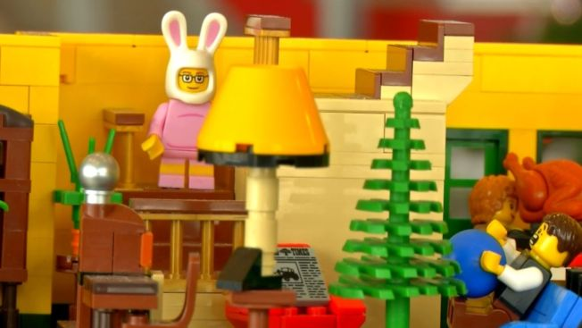 lego fan recreates a christmas story house - What Year Is Christmas Story Set