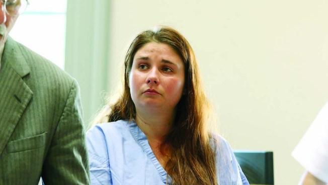 Woman Gets Life Sentence in Fatal Stabbing of Boyfriend