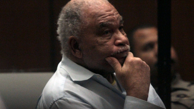 Man Confessed to 90 Killings in Effort to Move Prisons: FBI