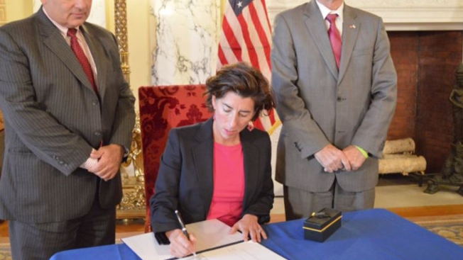 Business Group Endorses Raimondo's Free Tuition Plan
