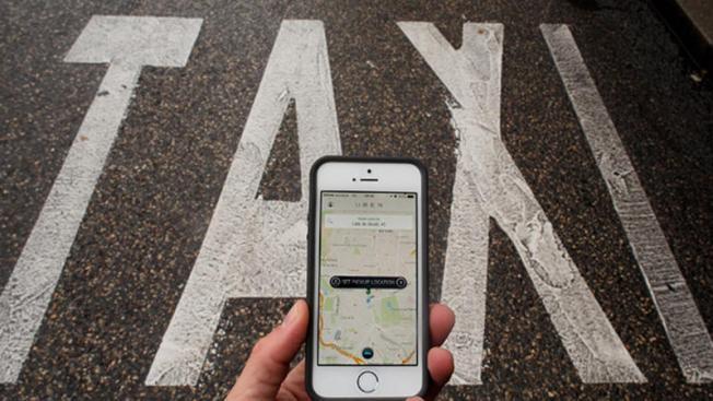 Arizona Loosens Regulation for Uber, Lyft in Time for Super Bowl