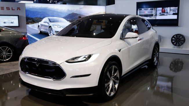 Tesla Recalling 2,700 Model X SUVs for Seat Defect