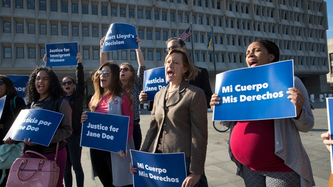 Federal Court Clears Way For Immigrant Teen to Get Abortion