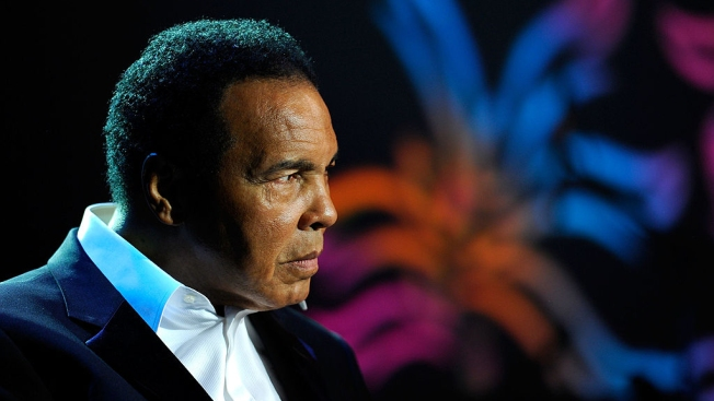 Boxing Great Muhammad Ali Hospitalized With Respiratory Issue