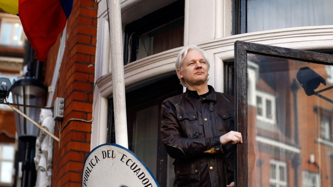 UK Police Outside Ecuador Embassy Amid WikiLeaks Tweets