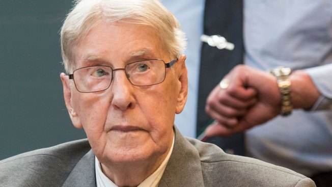 Convicted Former Auschwitz Guard Dies in Germany at 95