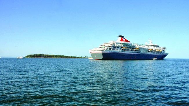Norovirus Sickens 159 Aboard Cruise Ship Docked in Va.