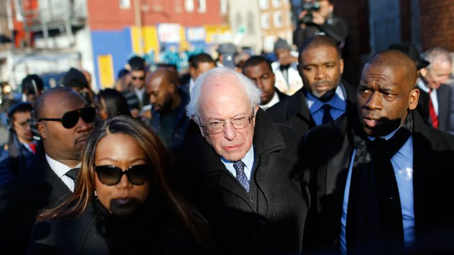 Bernie Sanders Tours Baltimore Neighborhood Marred by Rioting, Says Poverty There Is 'Stunning'