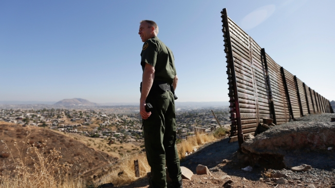 US Border Agency Tests Body Cams on Agents in 9 Locations