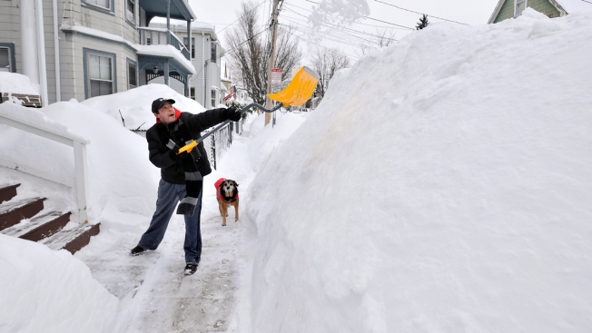 Super Cold, Slew of Snow Predicted for New England by Old Farmer's Almanac