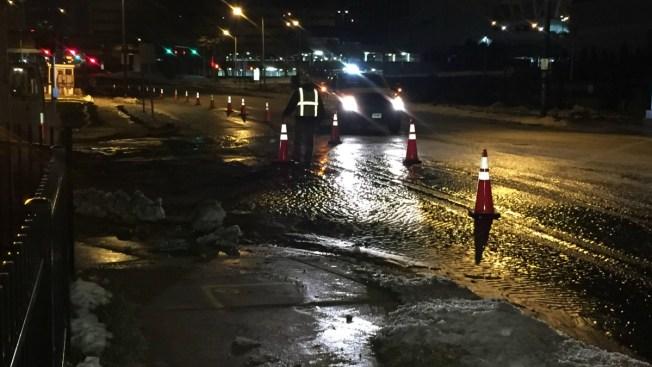 Crews Working to Repair Water Main Break in Hartford