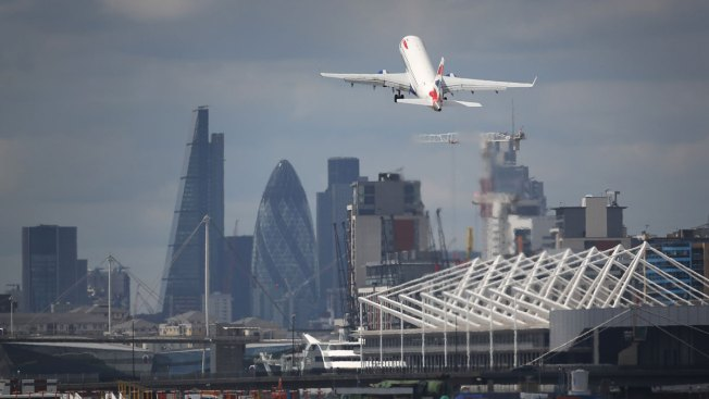 London City Airport flights disrupted after 'Plane Stupid' protesters occupy runway