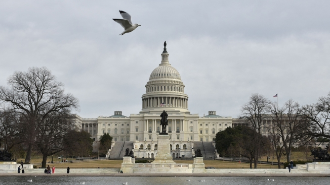 Report Shows US Deficit to Exceed $1 Trillion Next Year