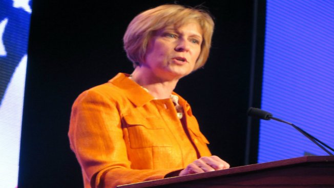 Massachusetts Auditor Suzanne Bump Planning to Seek Re-Election in 2018