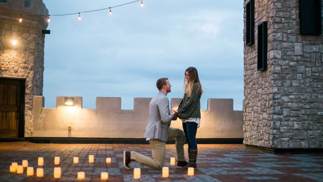2 Rings in 3 Days: Eagles QB Carson Wentz Gets Engaged