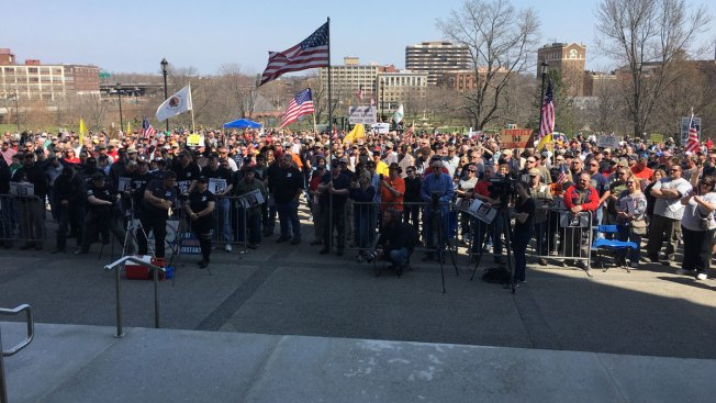 Gun Rights Rally Held at State Capitol