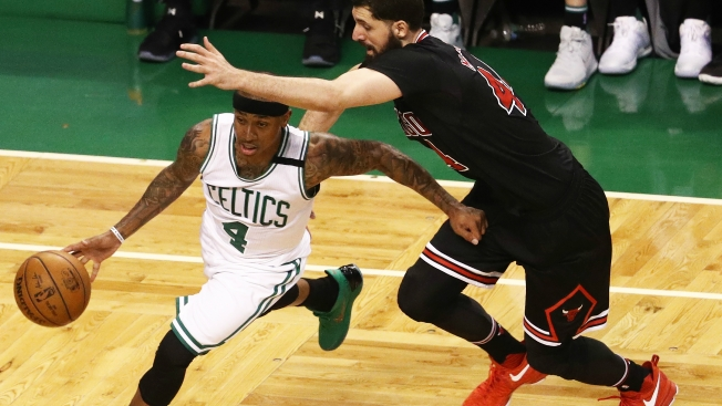 'Playoff Rondo' delivers for Bulls with near triple-double in Game 2