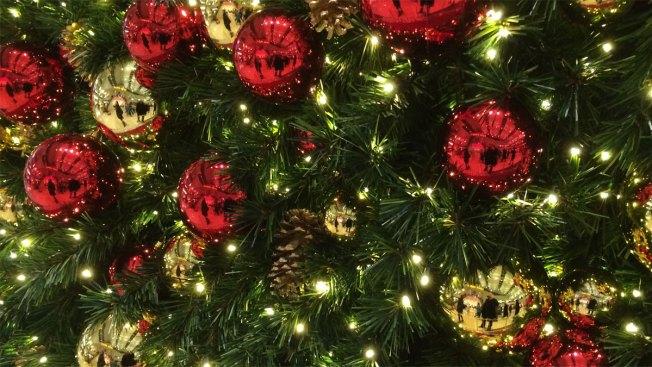 Memorial Christmas Tree Stolen