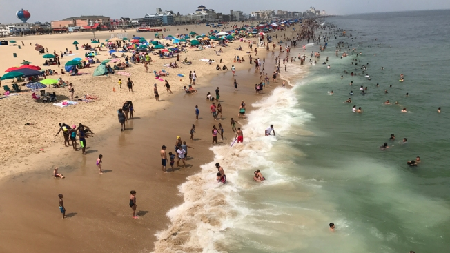 Beach Umbrella Impales Woman in Chest in Maryland