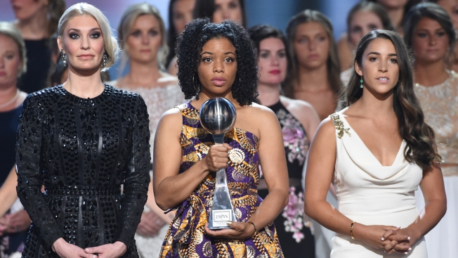 Nassar Sex Abuse Victims Join Hands, Accept Courage Award at ESPYs