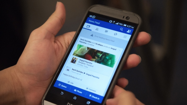 Facebook's New Feature Lets You Pick Whose Feed to See First