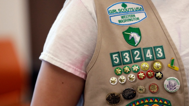 Wisconsin Town Mourns 3 Girl Scouts, 1 Adult Killed in Crash